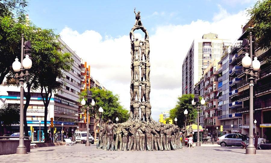 Памятник Кастельерос