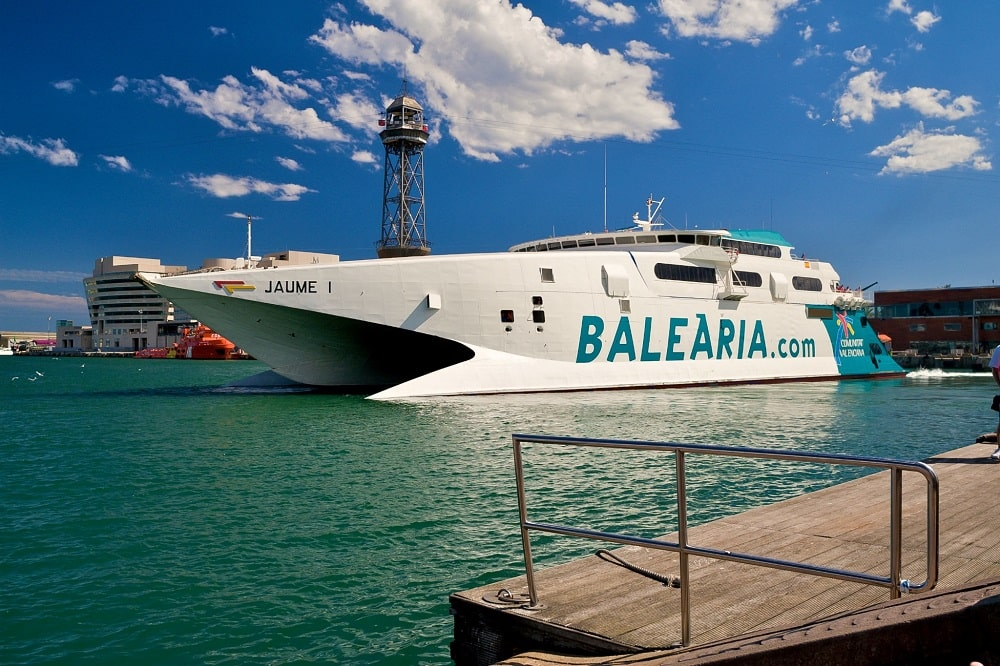 Паром Balearia