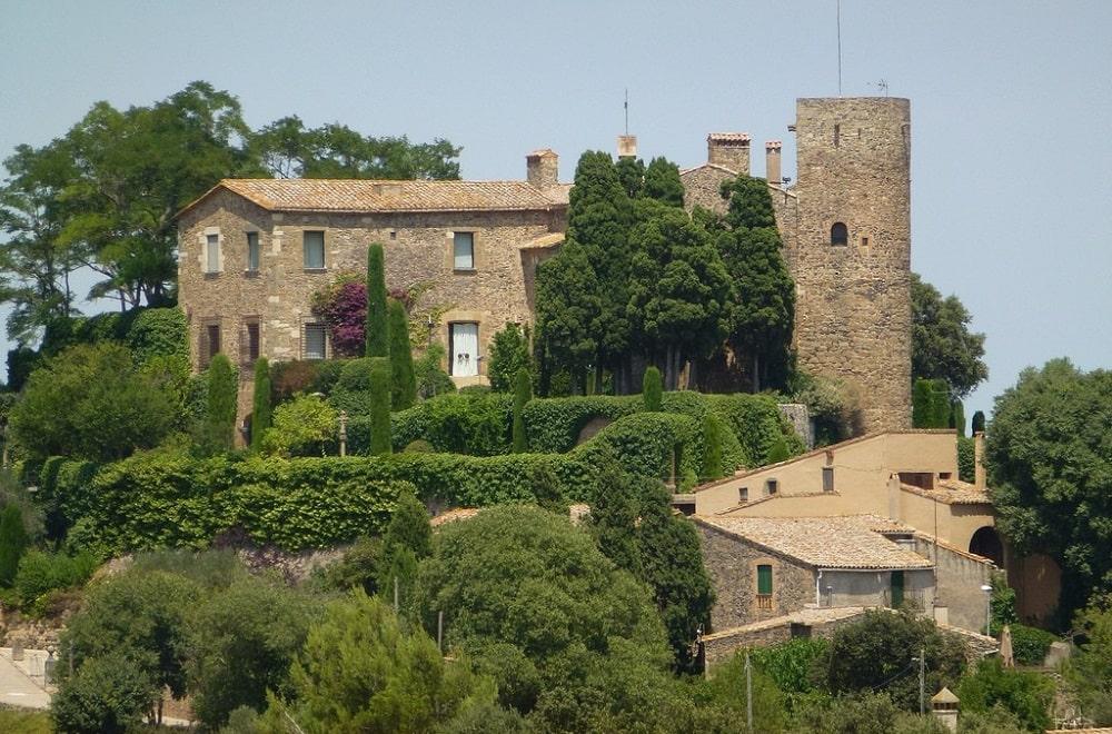 Замок Гала Дали