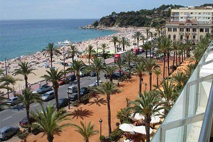 Как добраться из Барселоны до Ллорет-де-Мар