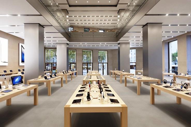 Внутри Apple Store
